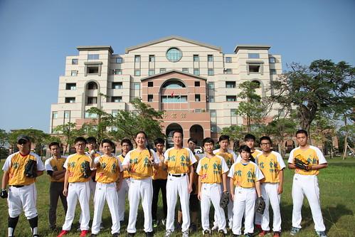 1041113中信學院棒球隊成立囉