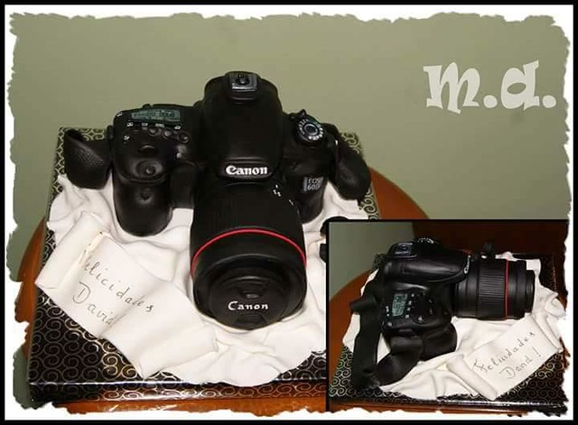 Camera Cake by Isre Lopez Garcia