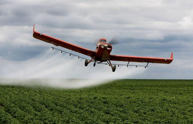 avião-agricola.jpg