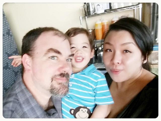 Sunday family selfie time! 😃 #21months #familyselfie