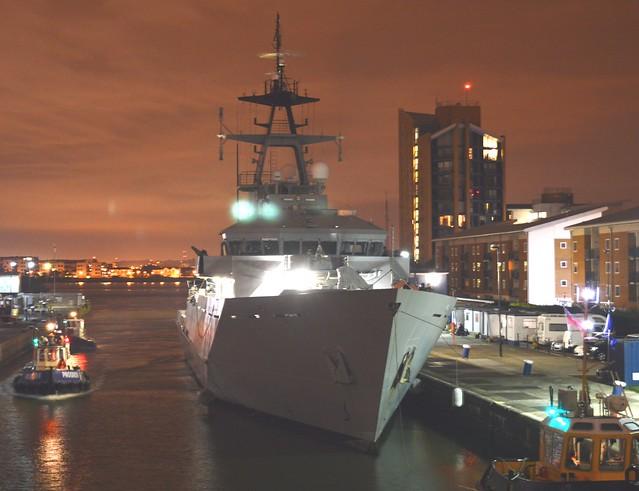 HMS Tyne P281 (7) @ KGV Lock 14-09-15