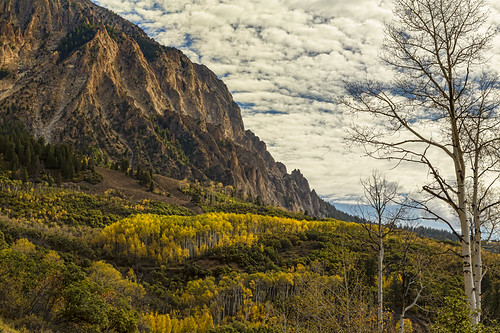 travel blue autumn trees red sky mountain mountains green art fall tourism colors leaves yellow clouds forest season october colorado unitedstates image pass rocky peak somerset september prints rockymountains aspen gunnison kebler jamesinsogna