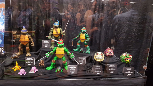 MondoCon 2015 :: Toy Display; TMNT 1/6 figures - Turtles & MADBALLS