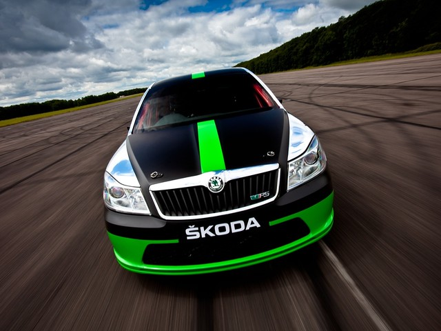 Экстремальный седан Škoda Octavia vRS Speed Record Car (1Z). 2011 год