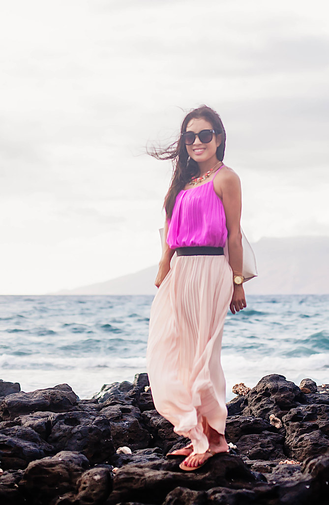 cute & little blog | petite fashion | pink accordian pleated cami, pink pleated maxi, white tote, statement necklace | beach spring summer outfit