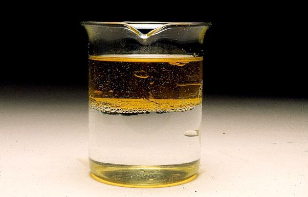 Risultati immagini per agua y aceite