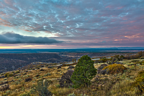 west nature sunrise outdoors nationalpark scenery colorado mesaverde nationalparks southwestcolorado mesaverdenationalpark farviewlodge chapinmesa