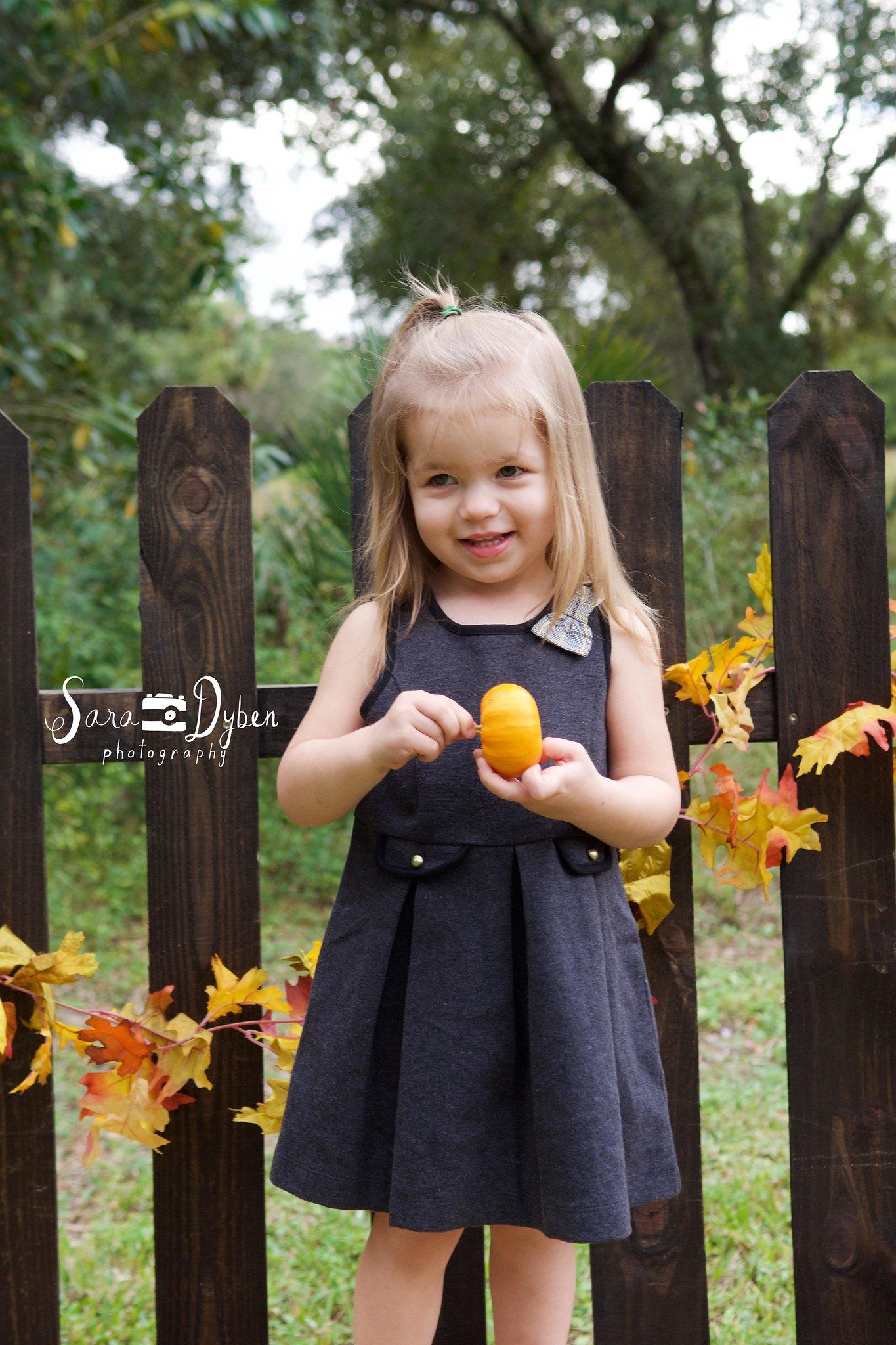 Emilia Fall 2015 28