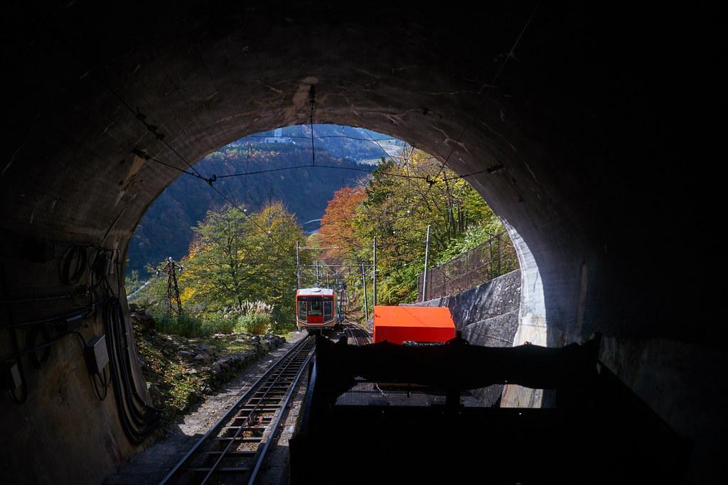 立山ケーブルカー