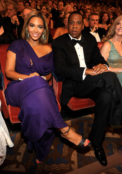 Jay Z crossed legs