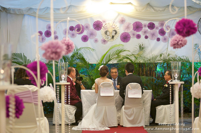 Kbcgwedding rom actual day kampungboycitygal we also register our marriage on the same date hence a jpn officer was invited to our wedding to officiate our marriage it was such a pain in the a junglespirit Choice Image