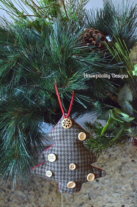 Wool tree ornament - Housepitality Designs