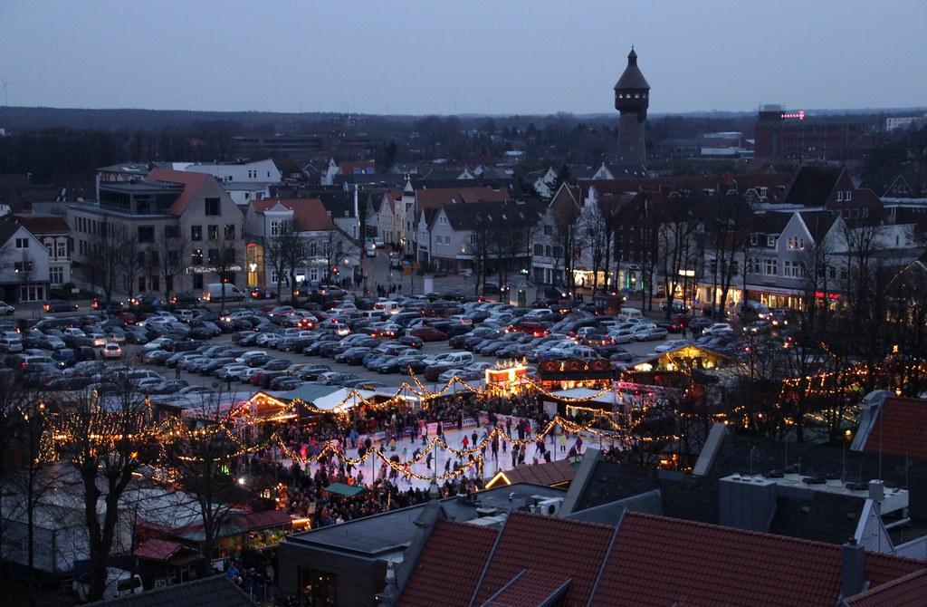 Weihnachtsmarkt aus der Vogelperspektive