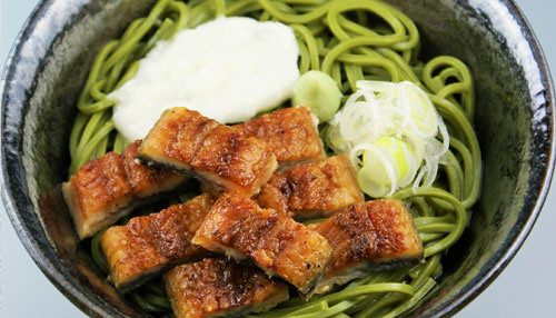 Tea Soba Noodels Topped with Broiled Eels and Tororo (grated Japanese yam)