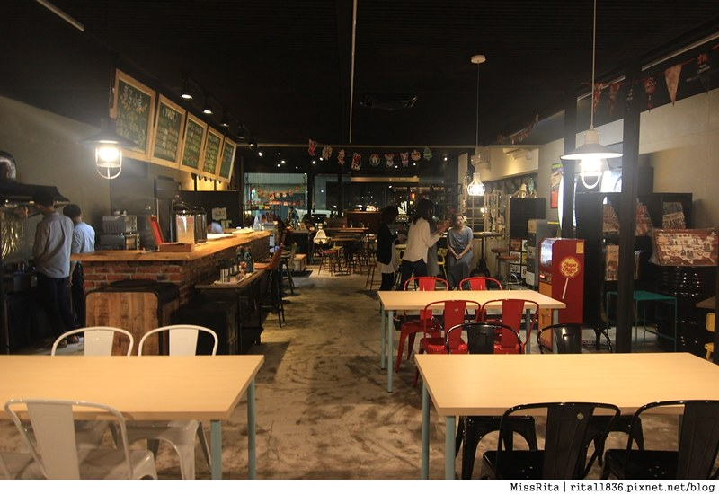 一粒麥子 台中桌遊 台中耶誕聚 台中桌遊店 一粒麥子桌遊 工業風 Dooopo 都品家居42