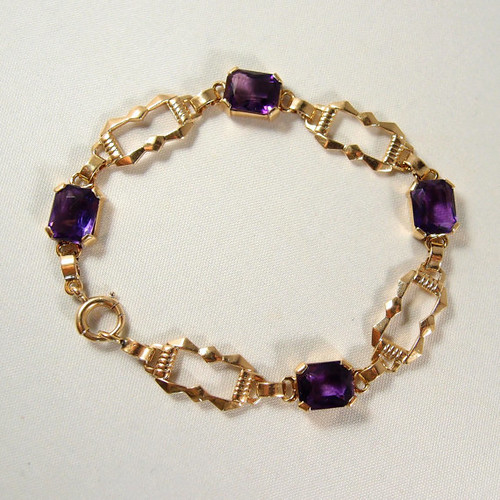 Solid gold and gorgeous amethysts Tiffany and Co flexible bracelet, 14K and hallmarked  Elegant Vintage
