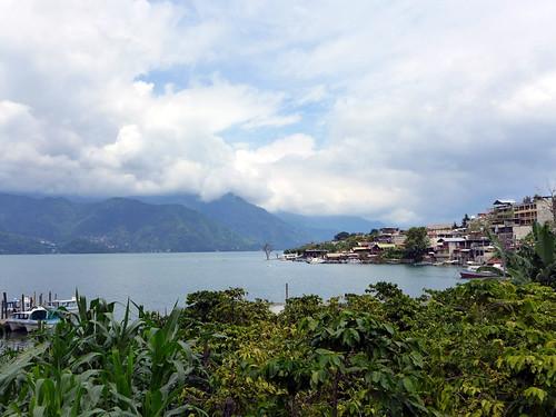Lago de Atitlan desde San Pedro