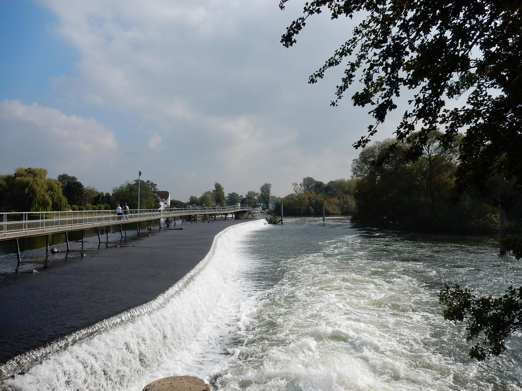 The weir, Hambleden Lock Marlow Circular