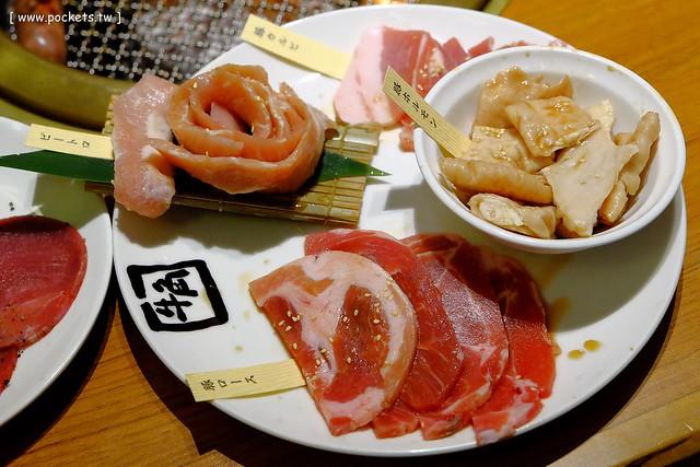 22221992834 2749263813 z - 【台中西區】牛角日本燒肉專門店。日本連鎖燒肉店進駐台灣,平日$689元吃到吐,假日單點要清醒