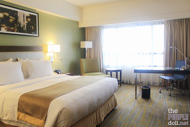 Holiday Inn & Suites Makati Deluxe King