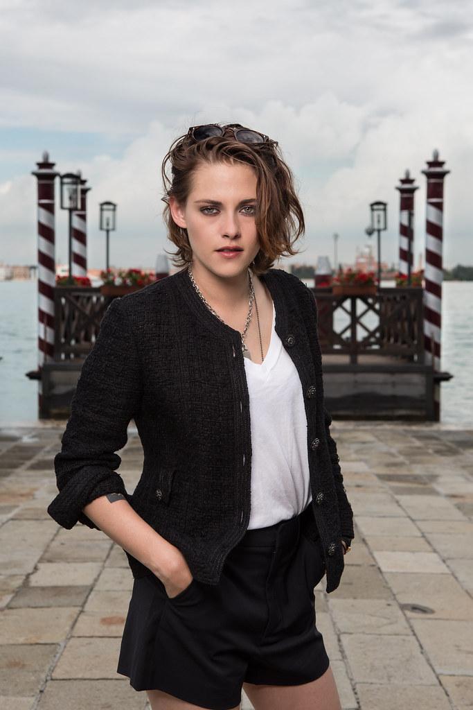 Кристен Стюарт — Фотосессия для «Равные» на «VFF» 2015 – 7