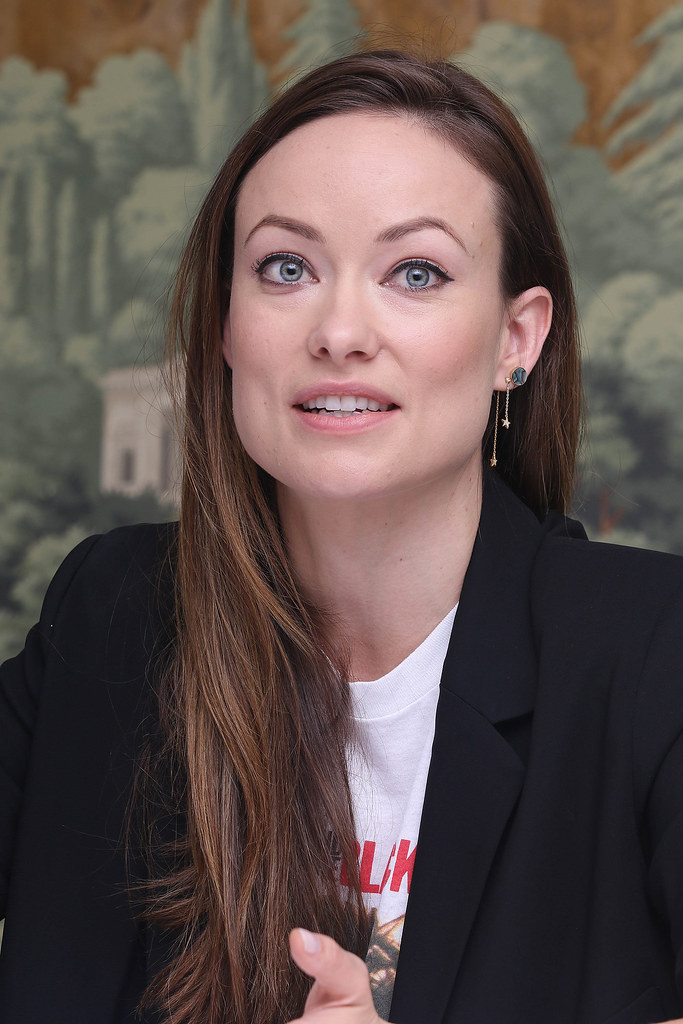 Оливия Уайлд — Пресс-конференция «Винил» 2015 – 26