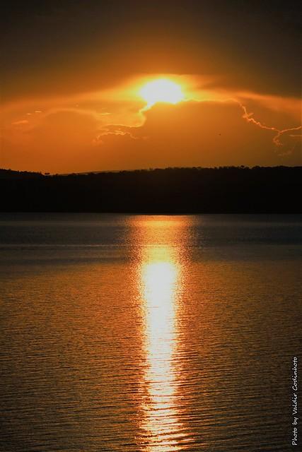 Pôr-do-sol no Lago de Três Marias - MG (2)