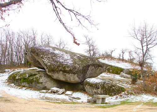 Águas Frias (Chaves) - ... Pedra Bolideira (pedra que