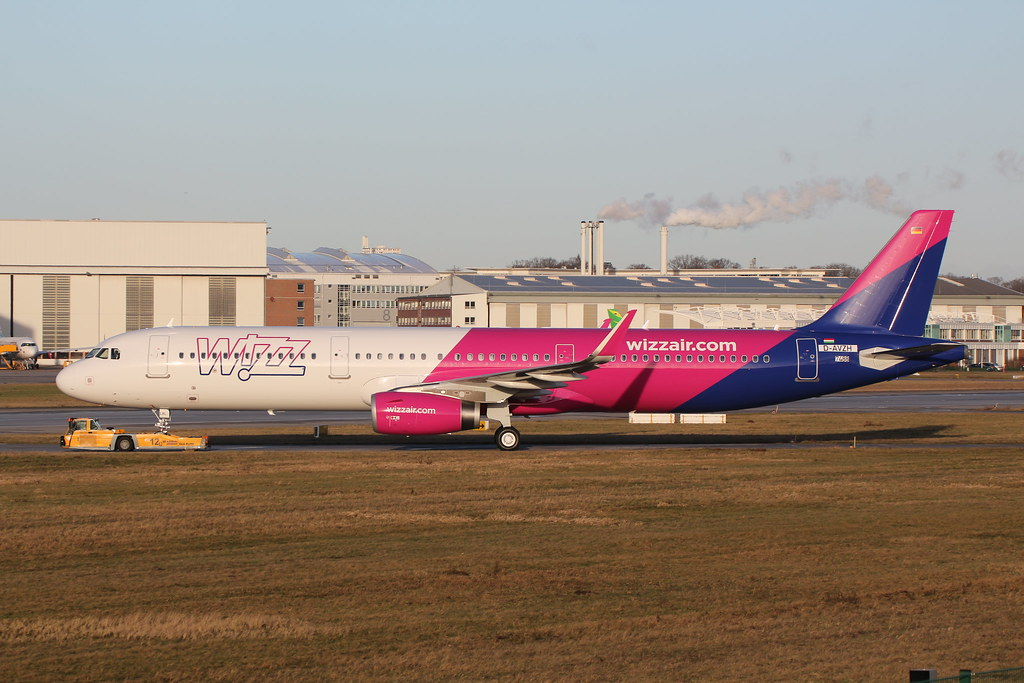 HA-LXL - A321 - Wizz Air