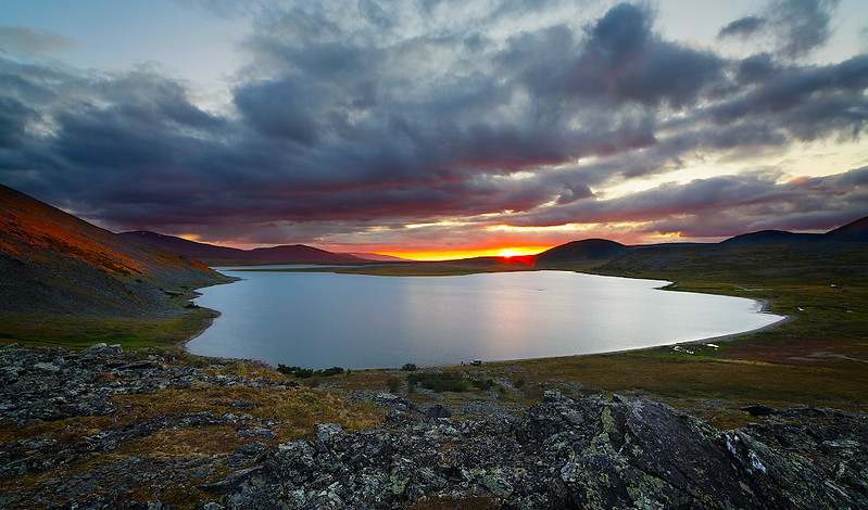 Sunset, mountains, Polar Urals, Lake Estoto