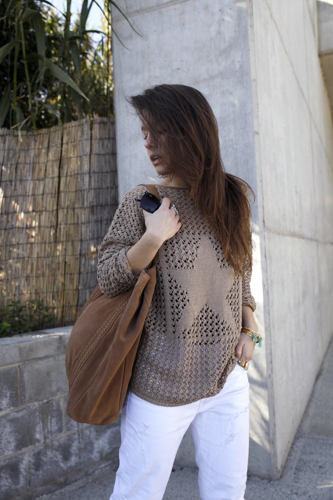 016_SPRING_NEUTRAL_OUTFIT_STREET_STYLE_FASHION_BLOGGER_INFLUENCER_BARCELONA_THEGUESTGIRL