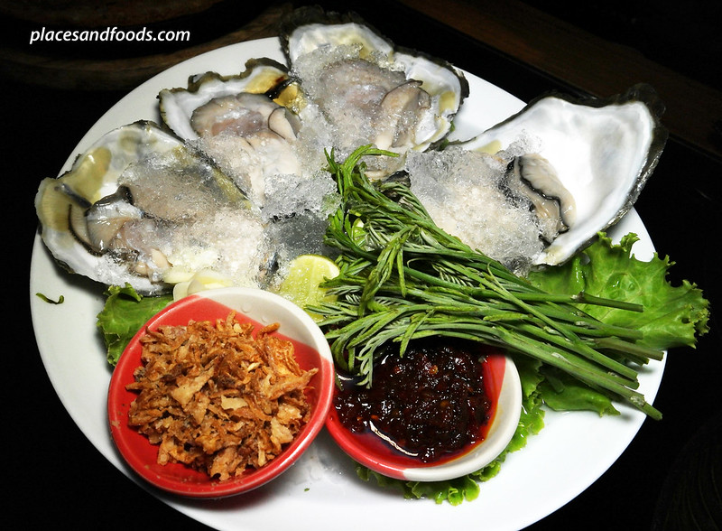 savoey fresh oyster with thai condiments