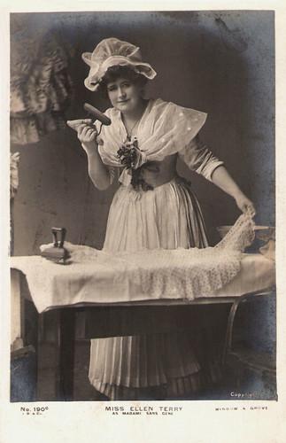 Ellen Terry in Madame Sans Gêne (1897)