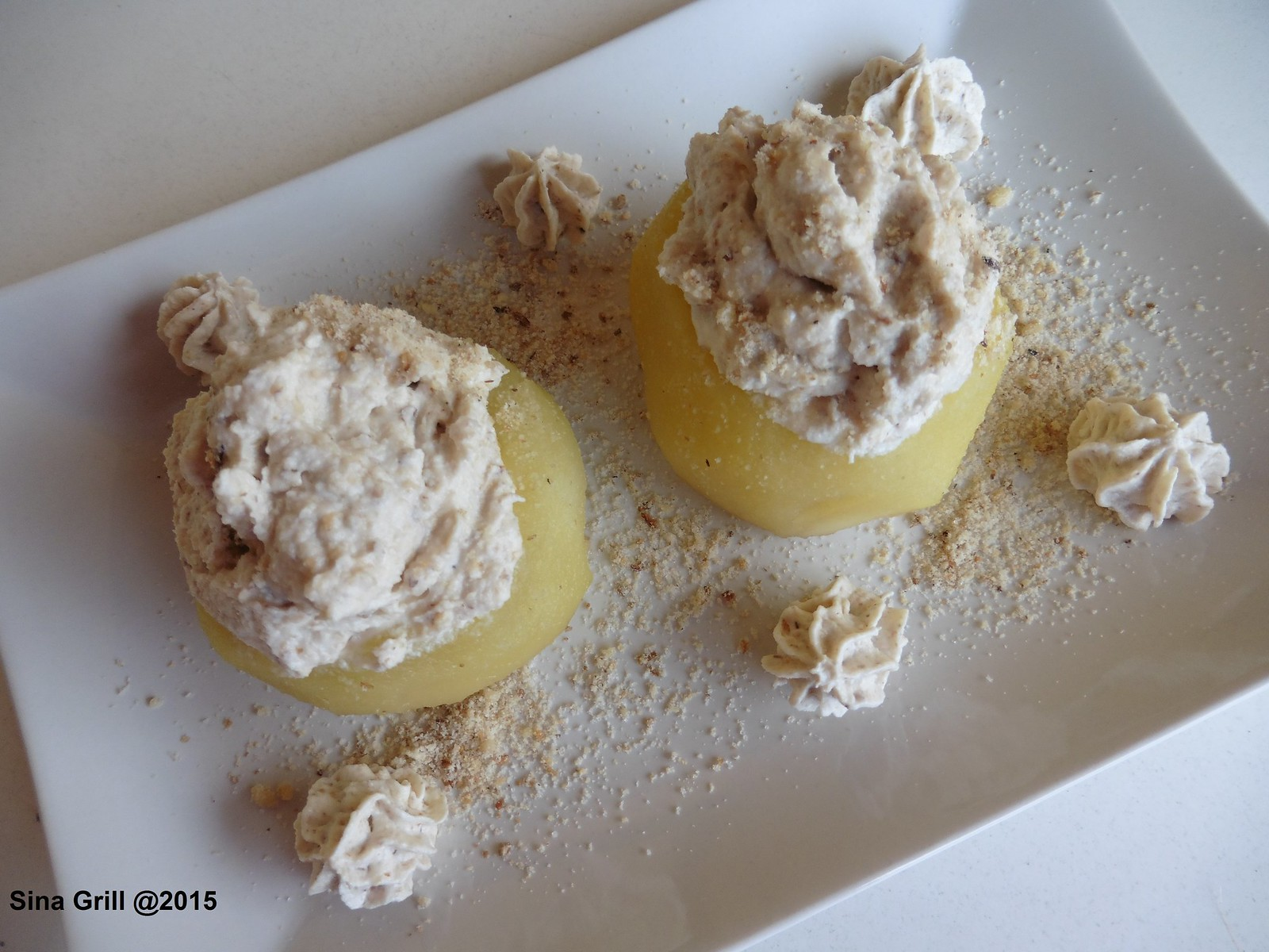 Bosnische Dessert Spezialität - Tufahije