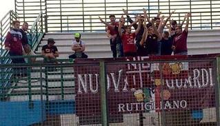 Rutigliano-Rinascita Rutiglianese sconfigge La Fortis Altamura vince 3-2-Ultras rutiglianesi accorsi a Toritto