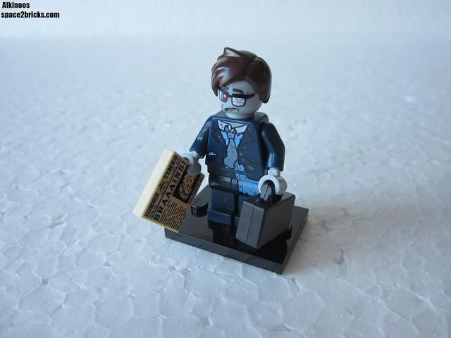 Lego Minifigures S14 homme d'affaire zombie