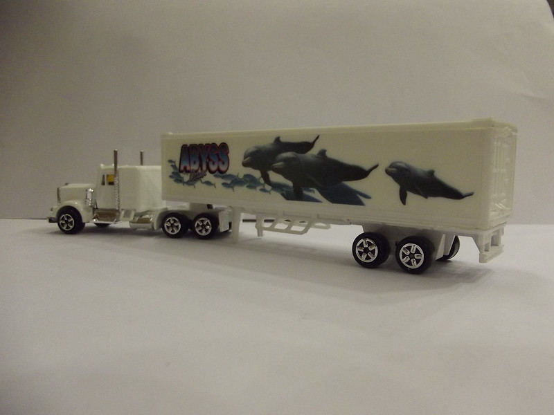 N°604 Kenworth W900 + Semi Container 22577040815_4894d636a6_c