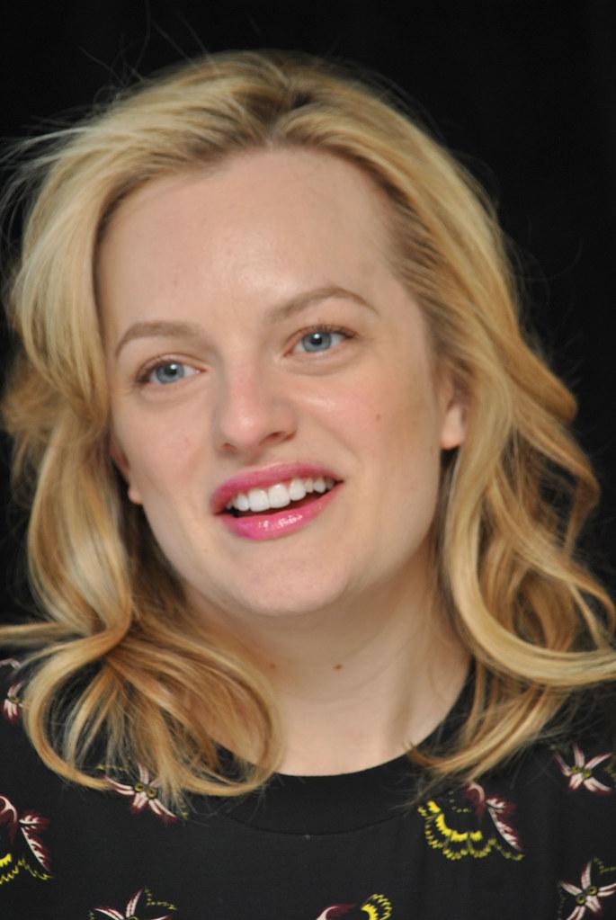 Элизабет Мосс — Пресс-конференция «Безумцы» 2015 – 21