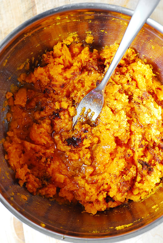 Thanksgiving sweet potatoes, sweet potato mash, how to cook sweet potatoes, cooking sweet potatoes