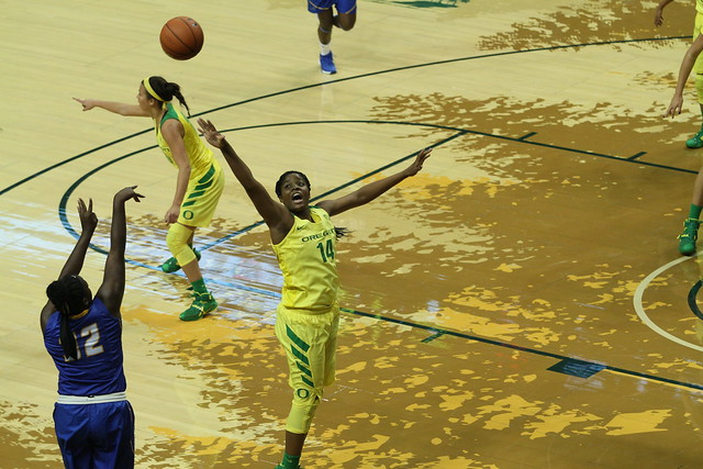 U Oregon WBB vs UCSB (79-51) 11/22/15
