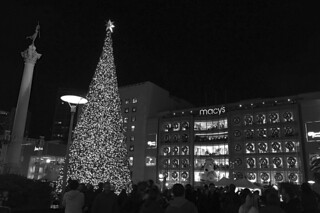 Christmas 2015 - Union Square bw