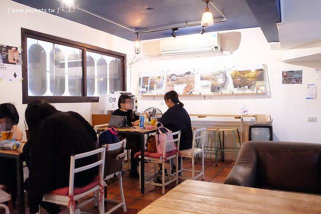 31209981693 18fa624e43 z - 日安小砌。手作食堂:隱身在東海商圈巷弄間的咖啡館,老屋改造蛻變成很有溫度的空間,就在東海雞爪凍斜對面