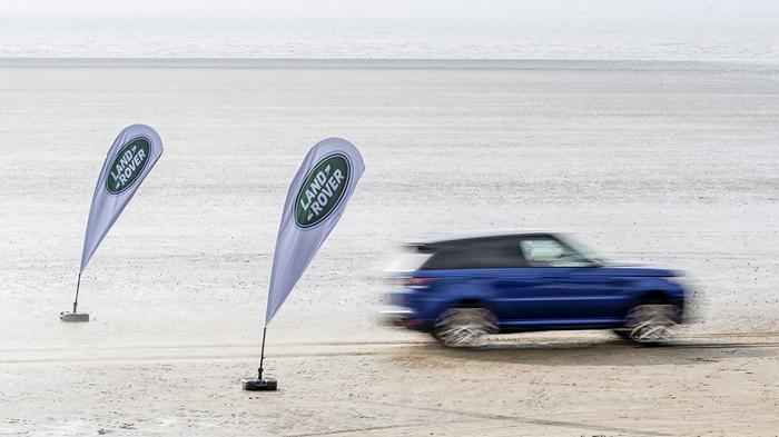 range rover sport svr acceleration 1
