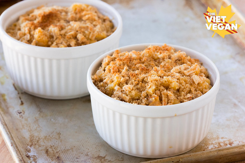 Vegan Creamy Baked Mac and Cheese