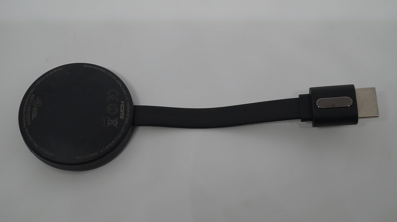 Chromecast (2015) - Integrated HDMI Cable Back