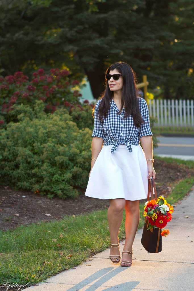 gingham knotted button down, white skirt, tote bag.jpg