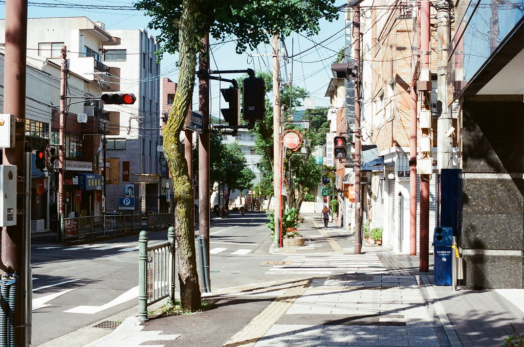 平和町 長崎 Nagasaki 2015/09/08 早上街道上沒什麼人  Nikon FM2 / 50mm Kodak UltraMax ISO400 Photo by Toomore