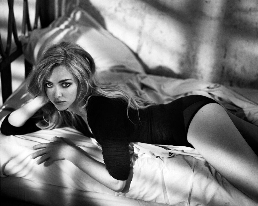 Аманда Сейфрид — Фотосессия для «Glamour» ES 2015 – 1