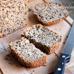 Whole wheat bread 100% (made with bread machine)