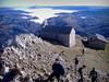 Ermita y refugio en la cumbre de Aizkorri